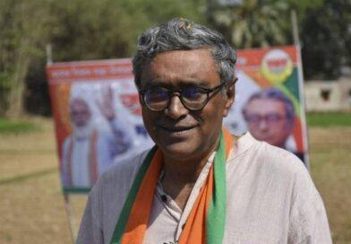BJP leader from West Bengal Swapan Dasgupta files Police Complaint on targeted persecution of BJP Workers